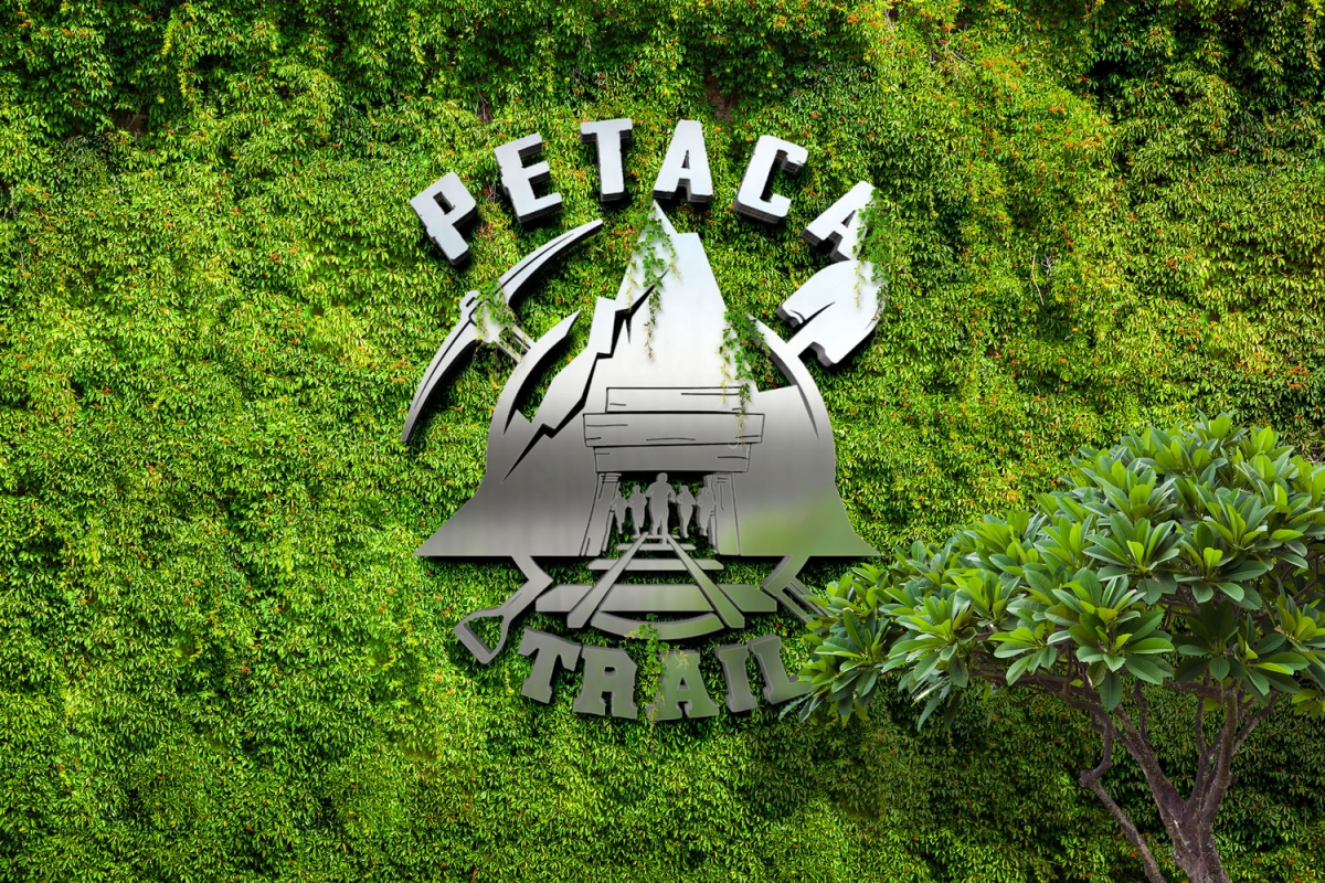 Logotipo Petaca Trail